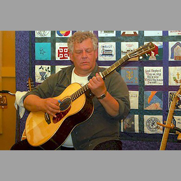 PSteve Jones (Grumbling Rustics) on the Guitar