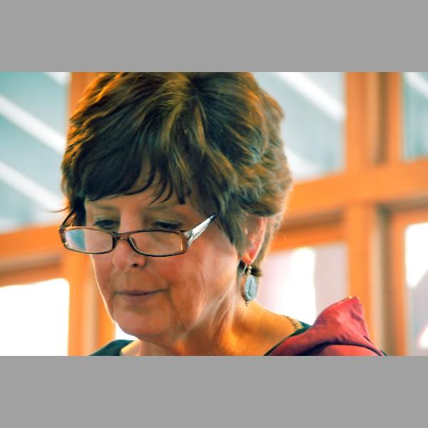 Pam Bernard, Reading, The Lakehouse